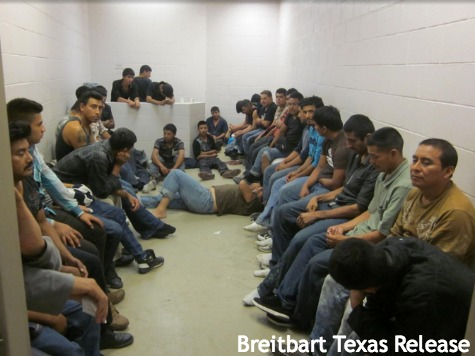 IMMIGRANTS flooding the border into usa Brownsville texas 006