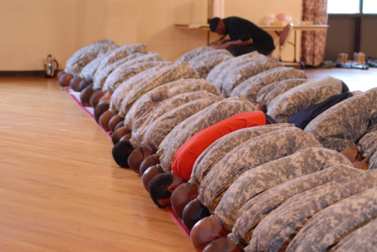 US_Army_51420_Soldiers_celebrate_end_of_Ramadan