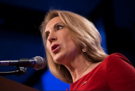 Carly Fiorina, Guest - Lincoln Dinner, Des Moines Iowa (photo courtesy of John Pemble, Flickr, Creative Commons license)