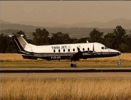 BE FUNKY Twin Engine Beech 1200 private jet