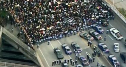 Black Lives Matter thugs blocking bridge and traffic