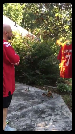 49er fan burning kaepernick jersey_Fotor